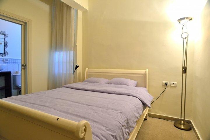 Tel Aviv Apartments - Mandelstam 29, Tel Aviv - Image 74053