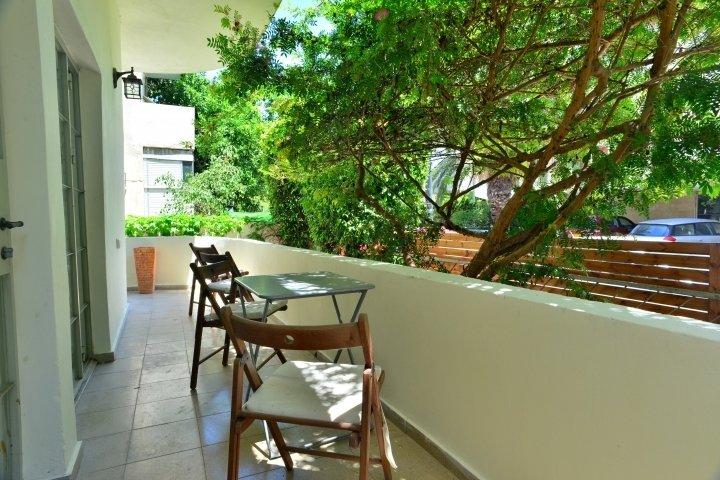 Tel Aviv Apartments - Mandelstam 29, Tel Aviv - Image 74067
