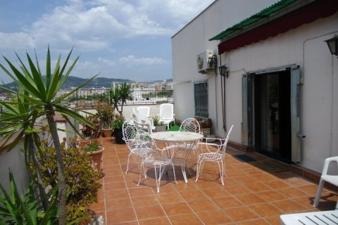 Barcelona Apartments - Sunny penthouse with great views - Main Image