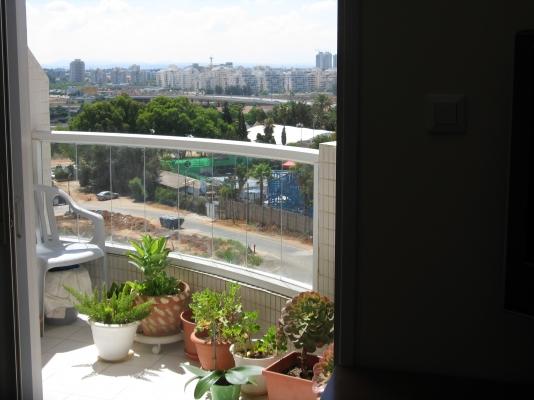 Netanya Apartments - Cozy comfy room free  parking, Netanya - Image 27457