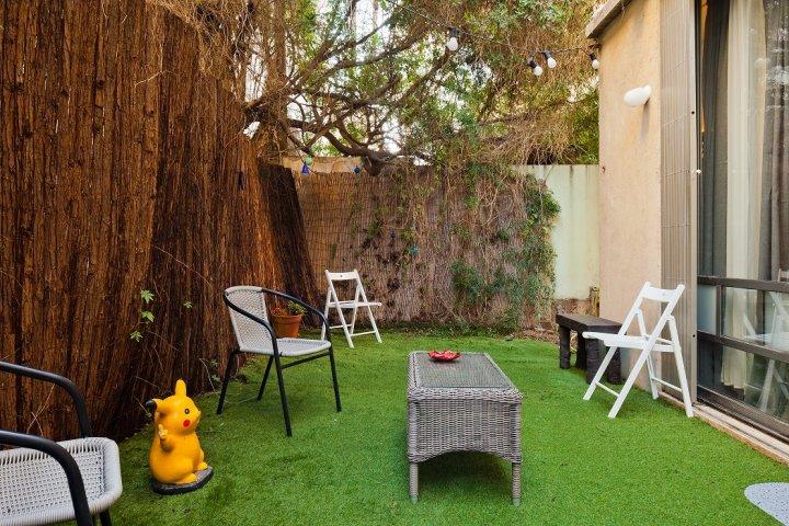 Tel Aviv Apartments - Charming central apt with a garden, Tel Aviv - Image 127918