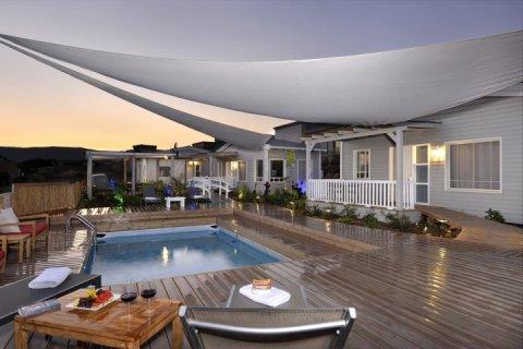Had Nes Apartments - La Pace Boutique Suites - Main Image