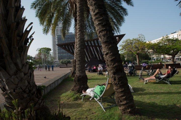 Tel Aviv Apartments - Central Spacious  Renovated APT, Tel Aviv - Image 74980