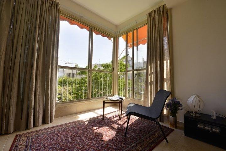 Tel Aviv Apartments - Central Spacious  Renovated APT, Tel Aviv - Image 74970