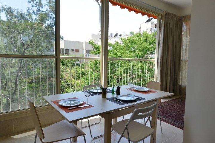 Tel Aviv Apartments - Central Spacious  Renovated APT, Tel Aviv - Image 74990