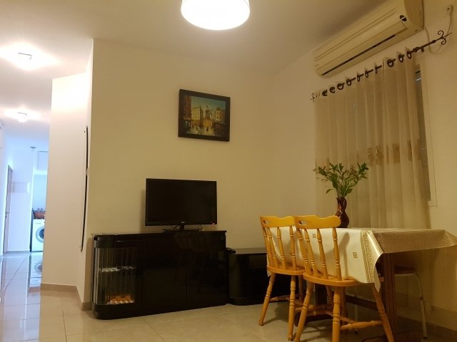 Netanya Apartments - in the center of nataniya, Netanya - living room