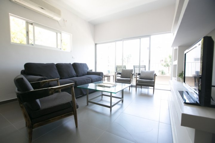 Tel Aviv Apartments - Rare TLV Pearl 15 Min To The Beach2, Tel Aviv - Image 79709