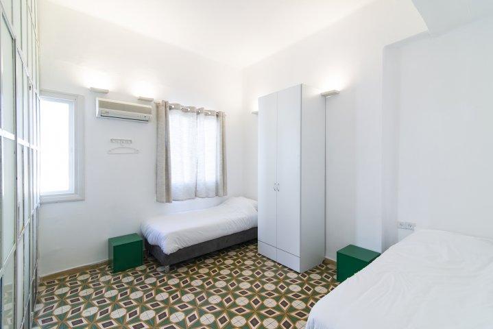 Tel Aviv-Yafo Apartments - Huge Apt Neve Zedek - 15 guests, Tel Aviv-Yafo - Image 127150