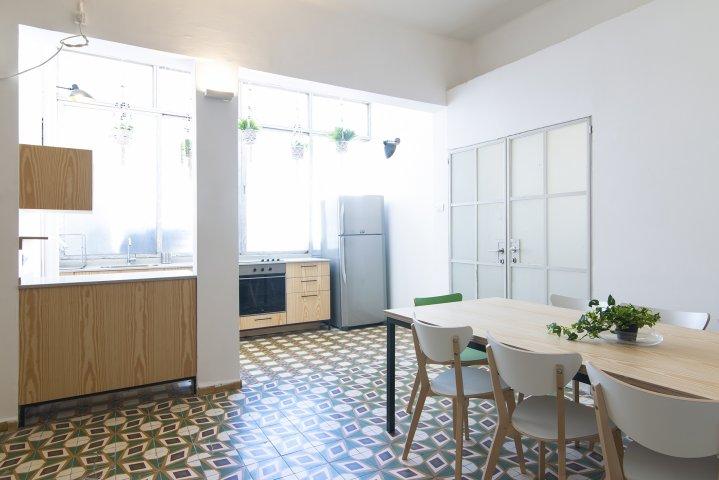 Tel Aviv-Yafo Apartments - Huge Apt Neve Zedek - 15 guests, Tel Aviv-Yafo - Image 127158