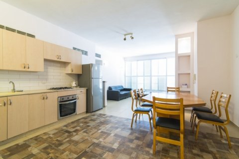 Tel Aviv-Yafo Apartments - Huge and spacious on Weizmann  - Main Image