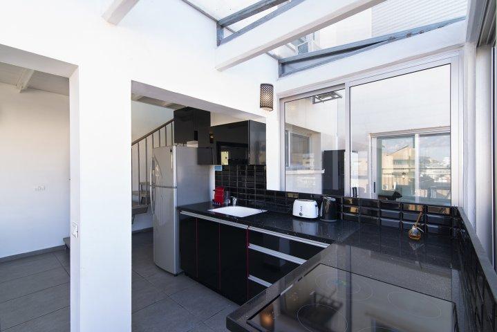 Tel Aviv-Yafo Apartments - Florentin  duplex Herzl Rotschild, Tel Aviv-Yafo - Image 129314