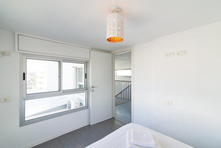 Tel Aviv-Yafo Apartments - Florentin  duplex Herzl Rotschild, Tel Aviv-Yafo - Image 129323