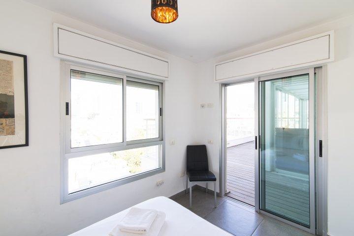 Tel Aviv-Yafo Apartments - Florentin  duplex Herzl Rotschild, Tel Aviv-Yafo - Image 129319
