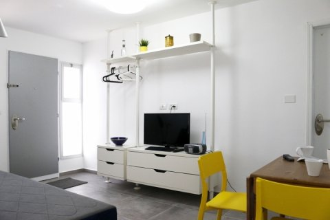 Ramat Gan Apartments - The Chocolate Room - Main Image