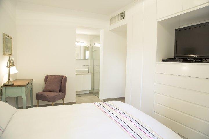 Tel Aviv-Yafo Apartments - Exquisite apt in the heart of TLV, Tel Aviv-Yafo - Image 118649