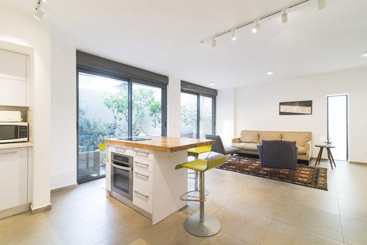 Tel Aviv-Yafo Apartments - Exquisite apt in the heart of TLV, Tel Aviv-Yafo - Image 120097