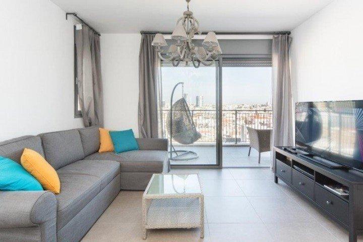 Tel Aviv-Yafo Apartments - 2 room balcony parking Tel Aviv, Tel Aviv-Yafo - Image 102198