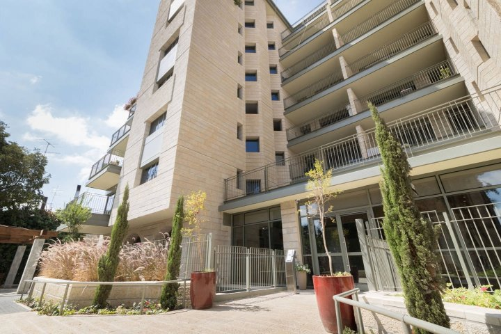 Jerusalem Apartments - Walking distance to the Old city, Jerusalem - Building
