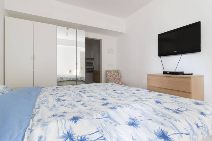 Jerusalem Apartments - Walking distance to the Old city, Jerusalem - Bedroom