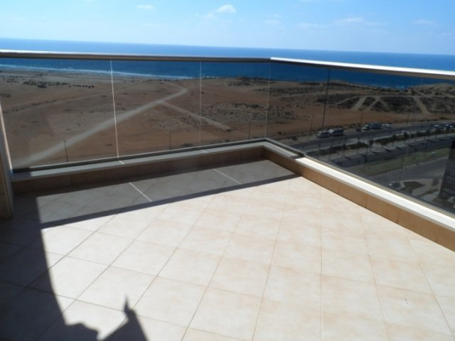 Netanya Apartments - Ir Yamin - 4 Bed Sea-View Apartment, Netanya - Image 105275