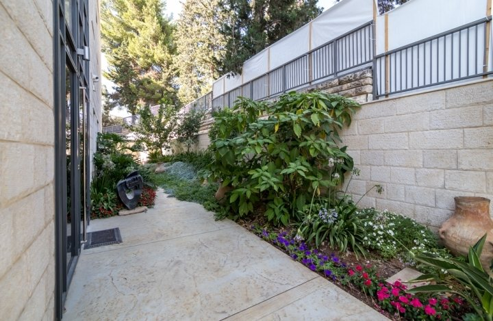Jerusalem Apartments - Exquisite apt in Talbiya, Jerusalem - Image 114802
