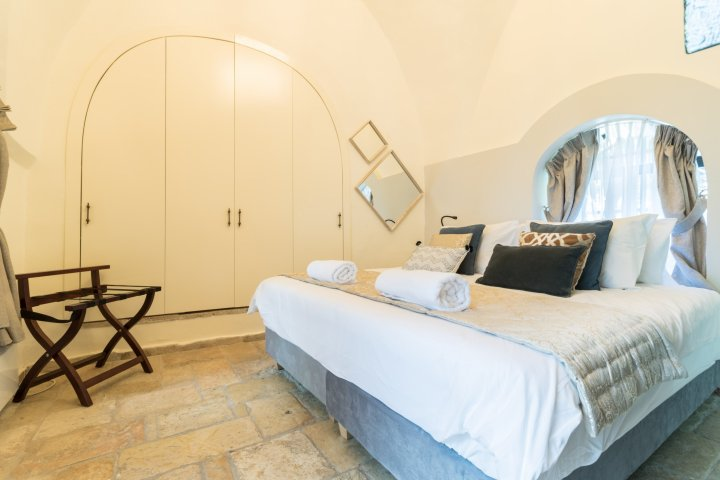 Jerusalem Apartments - VILLA MAMILLA  - LUXURY RENTAL, Jerusalem - Image 118614