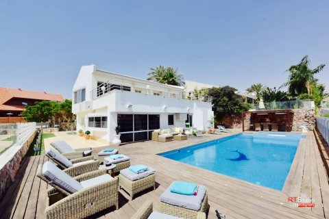 Eilat Apartments - VILLA with Heated Pool in Eilat - Main Image
