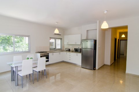Tel Aviv-Yafo Apartments - 2 bed 2 bath on Arlozorov street - Main Image