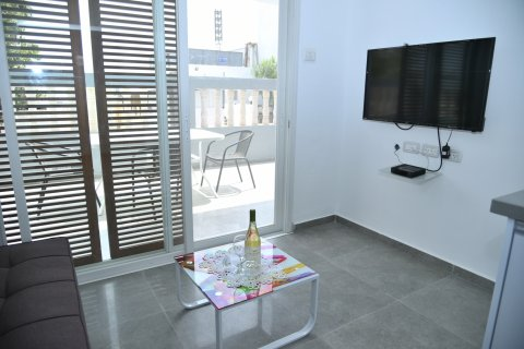 Tiberias Apartments - A nice little suite with a balcony - Main Image