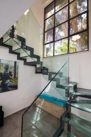 Jerusalem Apartments - Exquisite duplex apt in Talbiya , Jerusalem - Image 124538