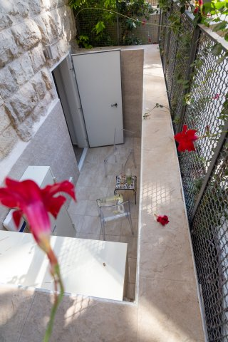 Jerusalem Apartments - Exquisite duplex apt in Talbiya , Jerusalem - Image 124554