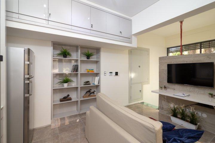 Jerusalem Apartments - Exquisite duplex apt in Talbiya , Jerusalem - Image 124562