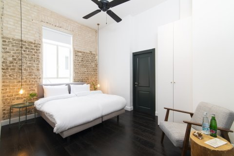 Tel Aviv-Yafo Apartments - Oliver - DoubleTwin room V - Main Image