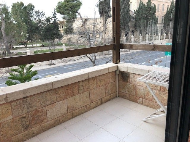 Jerusalem Apartments - Kosher Aprtmnt close to everything, Jerusalem - Image 125344