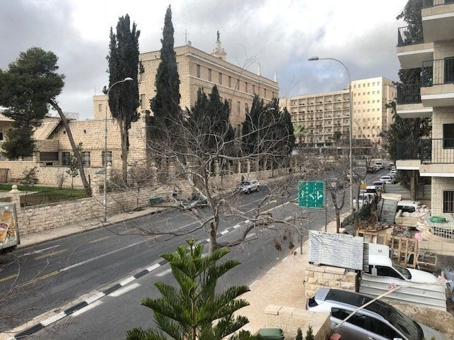 Jerusalem Apartments - Kosher Aprtmnt close to everything, Jerusalem - Image 125343