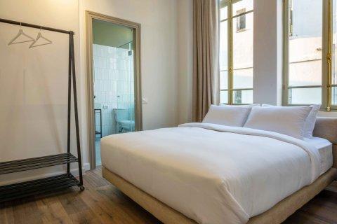 Tel Aviv-Yafo Apartments - Ruby XIV - Deluxe Bathroom Double - Main Image