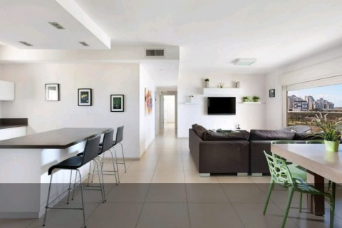 Netanya Appartements - Apartment on Pierre Koenig Street  - Main Image