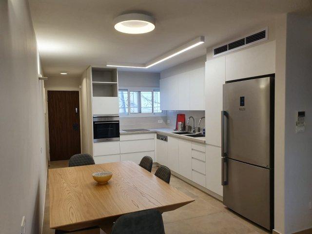 Jerusalem Apartments - BEAUTIFULLY RENOVATED 3 BDRM, Jerusalem - Image 128712