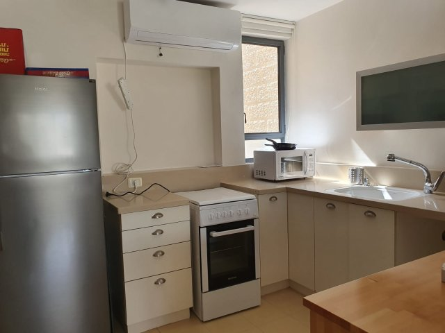 Jerusalem Apartments - Newly Refurbished 2 bdr in Baka, Jerusalem - Image 128751