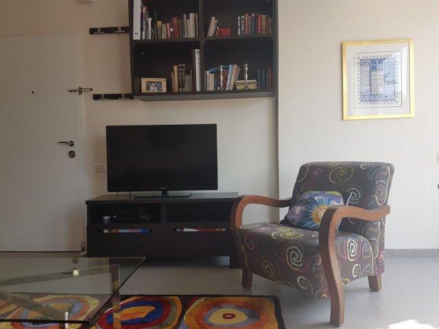 Jerusalem Apartments - Lovely 2 Bdr in the Heart of Baka , Jerusalem - Image 128785