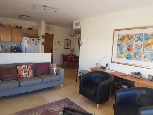 Jerusalem Apartments - Lovely 2 bedroom Baka apt , Jerusalem - Image 128792