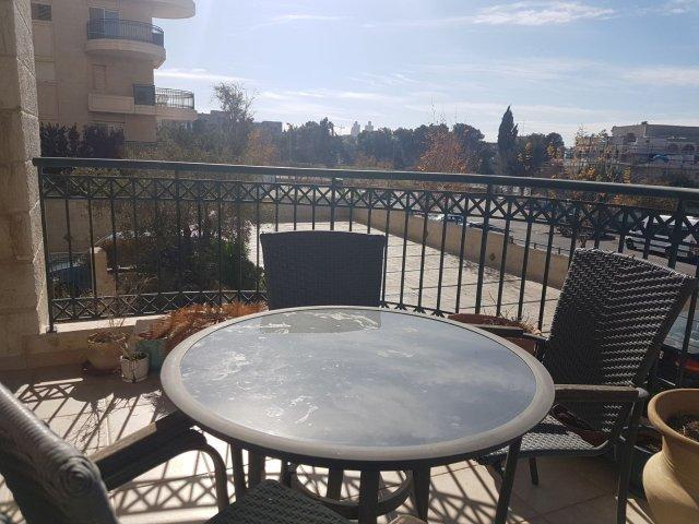 Jerusalem Apartments - Lovely 2 bedroom Baka apt , Jerusalem - Image 128789