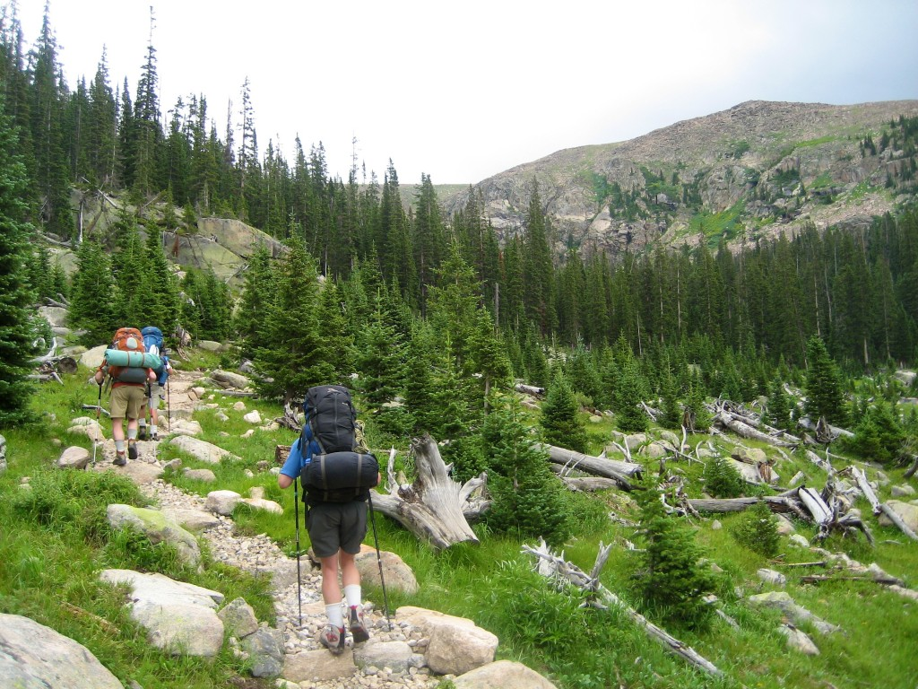 Hikers_on_the_North_Inlet_Trail